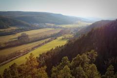 Alteburg - Kreuzchen - Blick ins Tal der Gera