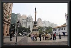 Glória Imortal aos Fundadores de São Paulo - Säule zu Ehren der Gründer der Stadt