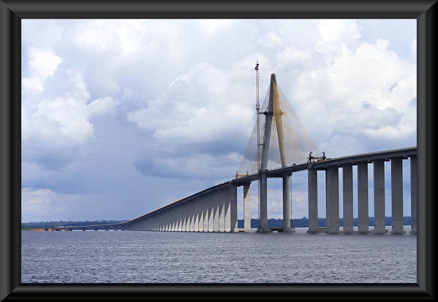 Brücke über den Rio Negro bei Manaus