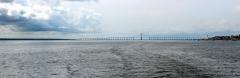 Rio Negro mit Ponte Negra bei Manaus
