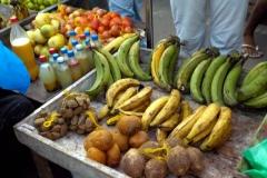Bananen, Paranüsse, Kokosnüsse,