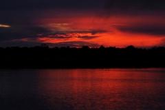 Sonnenuntergang am Rio Panapuã