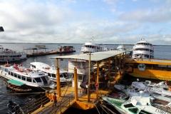 Eine Anlegestelle für Linienschiffe