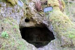 Höhle am Großen Hermannstein
