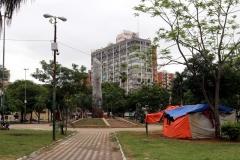 Asunción - Plaza de Armas mit Columna Asuncion cuna de Libertad Americana