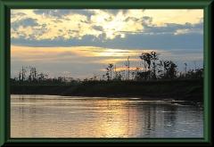 Morgendämmerung am Río Ucayali