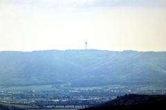 Blick zum Fernsehturm Kulpenberg (Kyffhäuser)