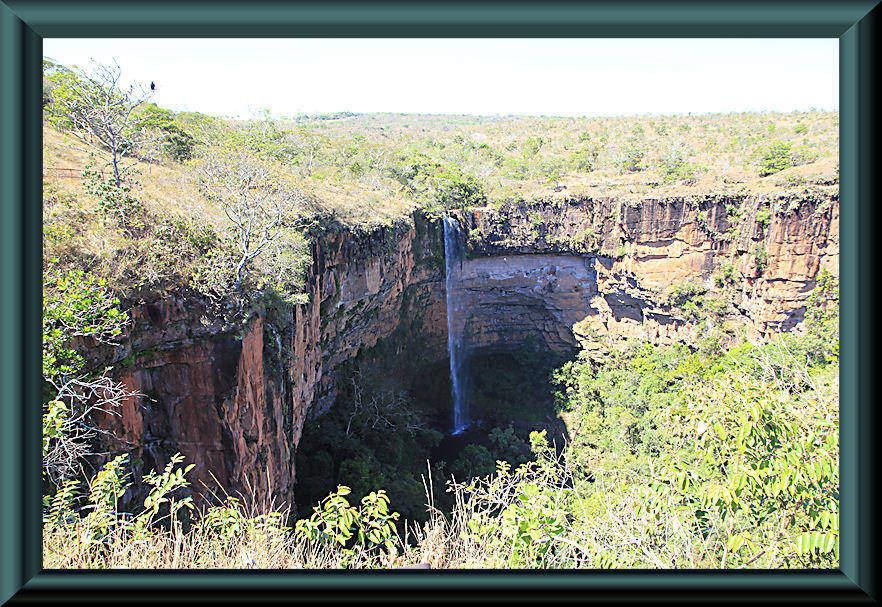 Véu-da-Noiva-Wasserfall