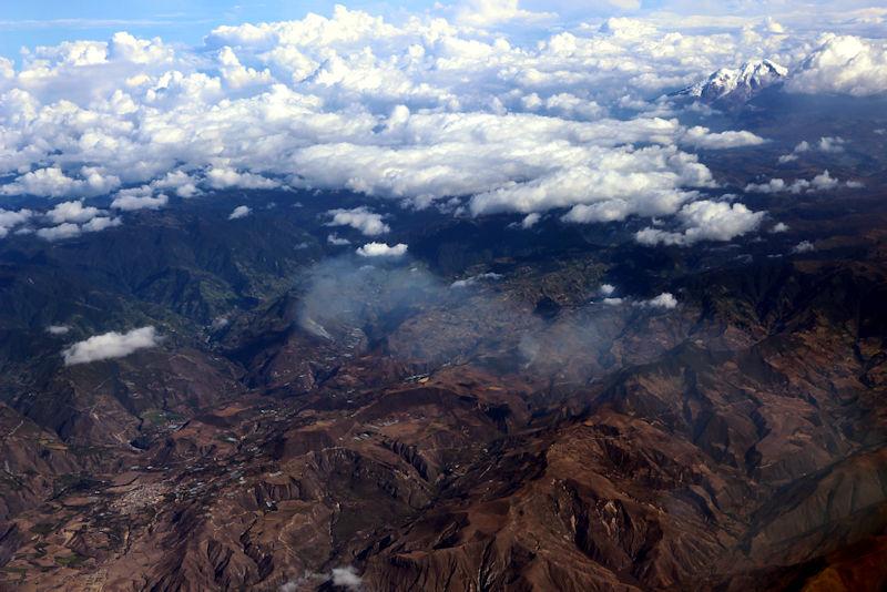 Anden mit Vulkan Cayambe