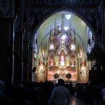 Baños - Basilika Virgen de Agua Santa